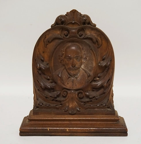 WALNUT VICTORIAN DEEPLY CARVED PLAQUE/BOOKEND WITH BUST OF SHAKESPEARE. 10 1/4 I