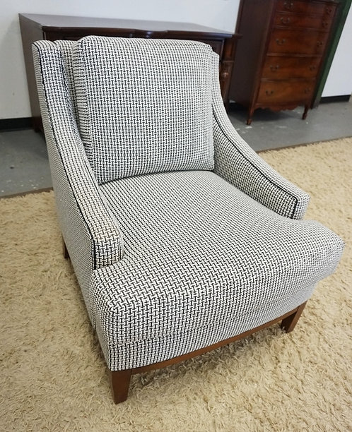 KRAVET FURNITURE UPHOLSTERED ARM CHAIR. 30 IN WIDE, 36 IN H