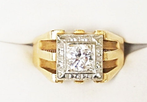 14K GOLD MENS .84 CT (6 MM) DIAMOND RING. VERY CLEAN STONE. 4.6 DWT. APPROX SIZE