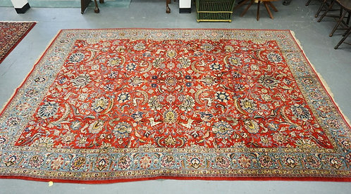 HAND WOVEN ORIENTAL RUG WITH IMAGES OF DEER, BIRDS, AND FLOWERS. 8 FT 8 INCHES X