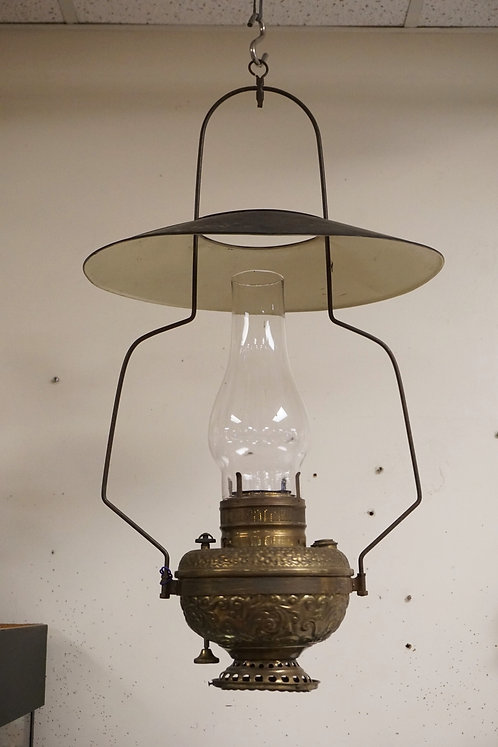 ANTIQUE HANGING STORE OIL LAMP. TOOLED BRASS.