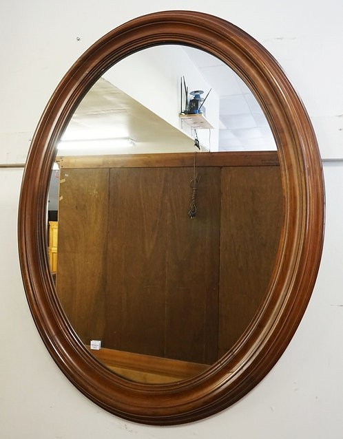 PENNSYLVANIA HOUSE OVAL MIRROR. 27 IN X 34 IN