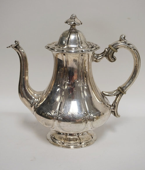 COIN SILVER TEAPOT. 20.04 TROY OZ. 9 3/8 INCHES HIGH. NO MARKINGS. TESTED.