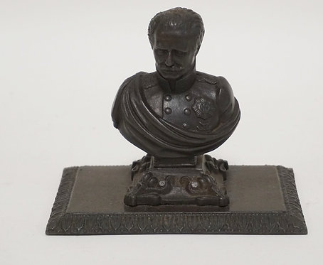CAST IRON PAPERWEIGHT BUST. 5 IN WIDE, 4 IN H