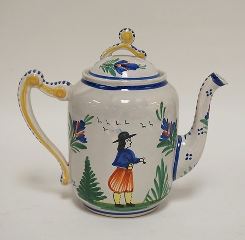 QUIMPER POTTERY TEAPOT MEASURING 7 1/2 INCHES TALL.