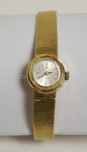 18K GOLD BUCHERER 17 JEWEL LADIES WATCH WITH 18K GOLD BAND. 20.2 DWT INCLUDING T
