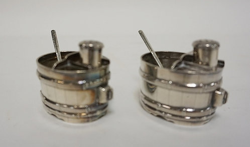 PAIR OF TUB FORM STERLING SILVER SALT DIPS WITH PEPPER SHAKERS AND SPOONS. 2.53