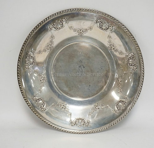 10.8 TROY OZ STERLING SILVER SERVING TRAY. 10 1/4 INCH DIA. 1 INCH HIGH AT RIM.