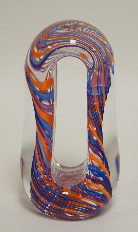 DREW MONTISANO (VANDERMARK) ART GLASS PAPERWEIGHT. 6 1/2 INCHES HIGH.