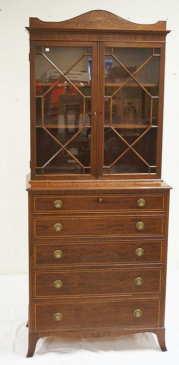 MAHOGANY SECRETARY DESK WITH A BOOKCASE TOP. THE DESK SECTION CONTAINED IN A DRO