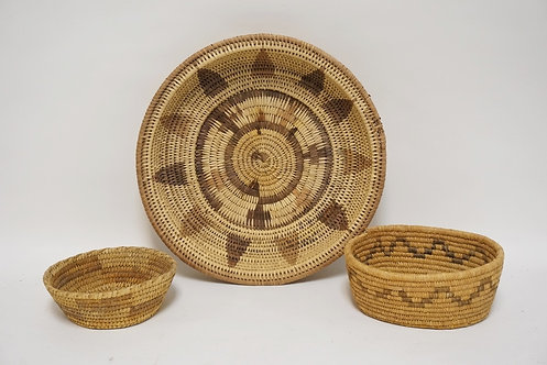 3 PIECE LOT OF WOVEN BASKETS. NATIVE AMERICAN INDIAN? LARGEST IS 15 INCHES.