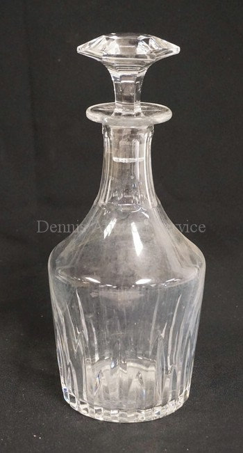 BACCARAT CRYSTAL DECANTER WITH STOPPER. INTERIOR NEEDS CLEANING/POLISHING. 10 IN