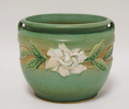 ROSEVILLE POTTERY GARDENIA JARDINIERE #601-6. 6 INCHES HIGH.