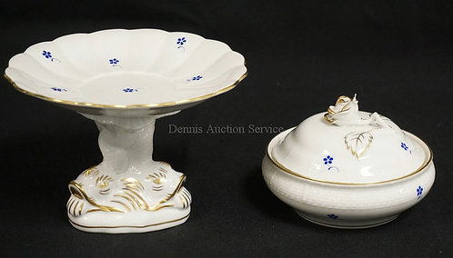 2 PIECES OF HEREND PORCELAIN. A DOLPHIN FOOTED COMPOTE AND A COVERED DRESSER BOX