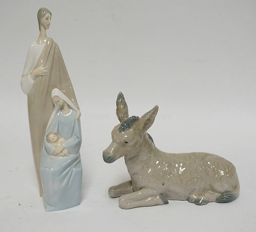 2 PIECES OF SPANISH PORCELAIN. A LLADRO FIGURAL GROUP AND A NAO DONKEY. TALLEST