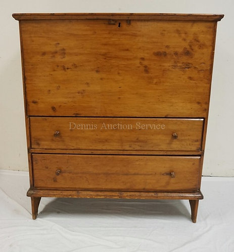 ANTIQUE PINE MULE CHEST WITH A LIFT TOP CABINET OVER 2 DRAWERS. 41 INCHES WIDE.