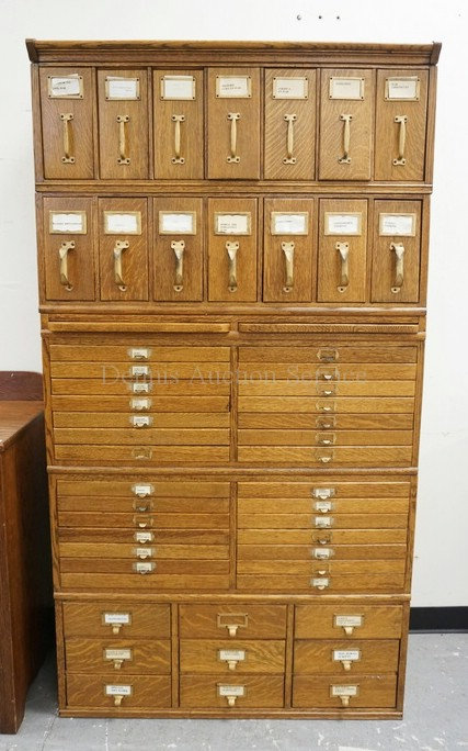 LARGE OAK 5 SECTION FILE CABINET WITH VERTICAL AND FLAT DRAWERS AND 2 PULL OUT S