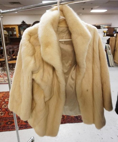 RAZOOKS WHITE FUR COAT