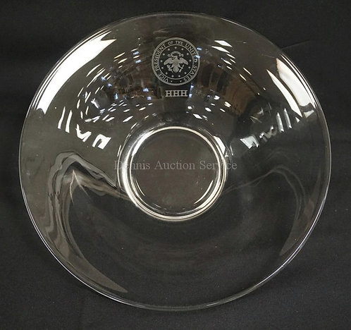 CRYSTAL BOWL WITH ENGRAVED UNITED STATES SEAL AND THE *VICE PRESIDENT OF THE UNI