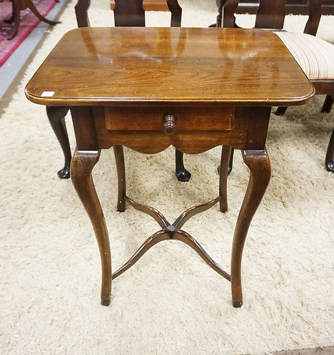 HICKORY CHAIR *AMERICAN DIGEST* ONE DRAWER STAND. 22 INCHES WIDE. 26 INCHES HIGH