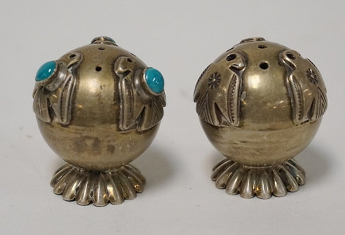 PAIR OF SILVER BALL FORM SALT & PEPPER SHAKERS. ONE BEING INSET WITH TURQUOISE.