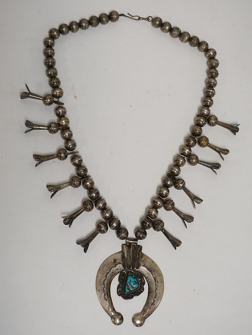 STERLING SILVER NATIVE AMERICAN INDIAN SQUASH BLOSSOM NECKLACE WITH A TURQUOISE
