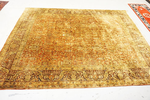 ROOM SIZE ORIENTAL RUG. 11 FT 10 IN X 8 FT X 8 FT 11 IN
