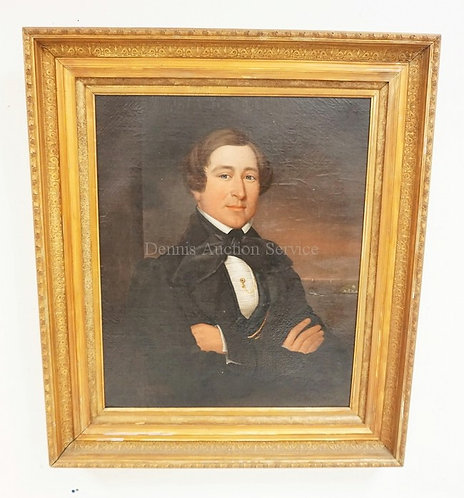ANTIQUE PORTRAIT OIL PAITNING ON CANVAS OF A GENTLEMAN WITH FOLDED ARMS IN FRONT