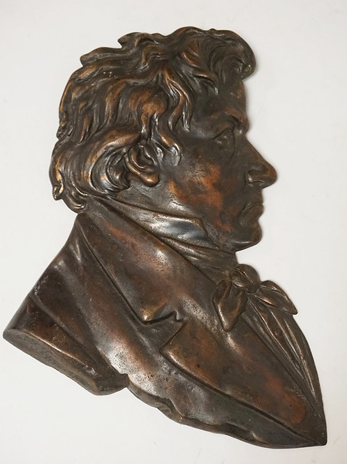 IRON PLAQUE OF THE PROFILE OF BEETHOVEN. COMPOSER BUST. 13 INCHES HIGH.