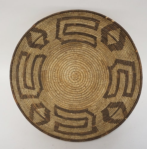NATIVE AMERICAN INDIAN WOVEN BASKET MEASURING 16 INCHES IN DIAMETER AND 5 INCHES