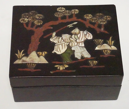 ASIAN LACQUERED BOX WITH CARVED STONE DECORATIONS. 5 1/4 X 4 1/4 X 2 1/2 INCHES.