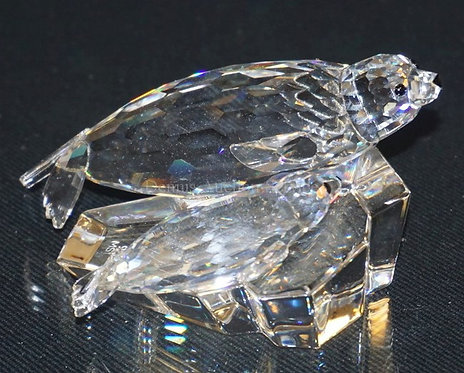 1019_SWAROVSKI CRYSTAL *SAVE ME (THE SEALS) FIGURE MEASURING 2 INCHES HIGH.