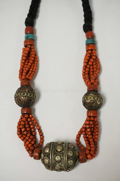 NORTH AFRICAN BEADED TRIBAL NECKLACE. APPROX 11 1/2 INCHES LONG.