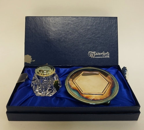 WATERFORD CRYSTAL INKWELL AND SILVER PLATED STAND IN ORIGINAL FITTED BOX (BOX HA