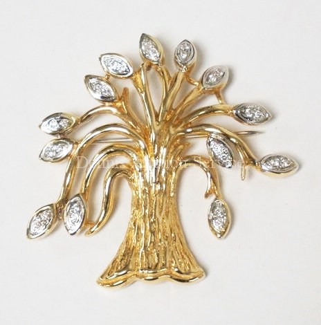 14K GOLD & DIAMOND BROOCH/PIN IN THE FORM OF A TREE. 9.5 DWT. 26 SMALL DIAMOND A