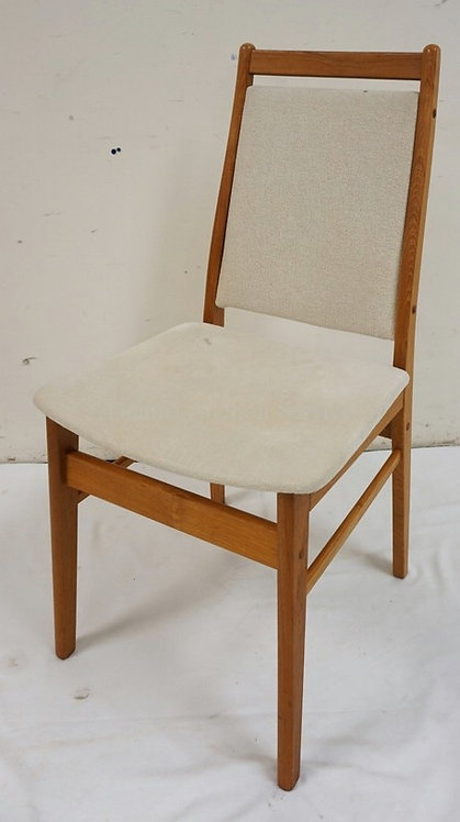 GANGSO MOBLER A/S DANISH MODERN SIDE CHAIR. 36 INCHES HIGH.