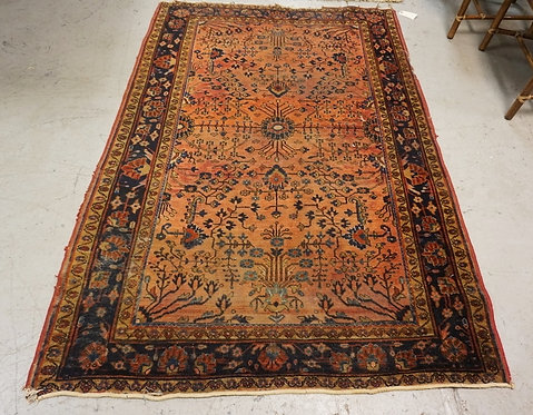 ANTIQUE HAND WOVEN ORIENTAL RUG MEASURING 6 FT 7 INCHES X 4 FT 5 INCHES. HAS WEA