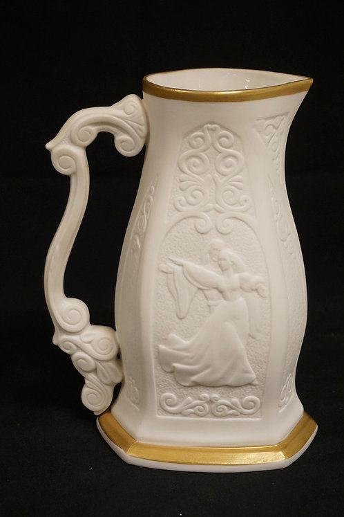 LASLO ISPANKY FOR LENOX *ROMEO & JULIET* LIMITED ISSUE PITCHER. #2241. 9 1/2 INC
