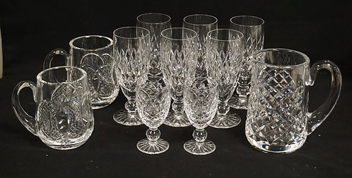 11 PIECES OF WATERFORD CRYSTAL. 6 WINE GLASSES MEASURING 6 INCHES HIGH, A PAIR O