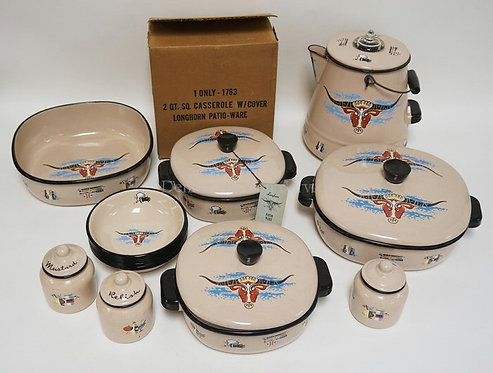 16 PIECES OF LONGHORN PATIO WARE. ENAMELED COOKWARE. TALLEST PIECE IS 10 INCHES.