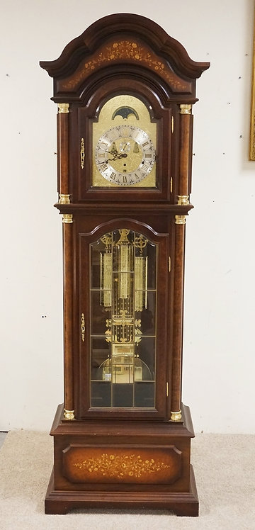 STANDUHREN GRANDFATHER CLOCK. WALNUT WITH BURLED COLUMNS, STENCIL DECORATIONS, A
