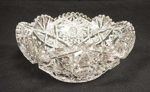 SIGNED LIBBEY CUT GLASS BOWL. 8 IN DIAMETER, 3 1/2 IN H