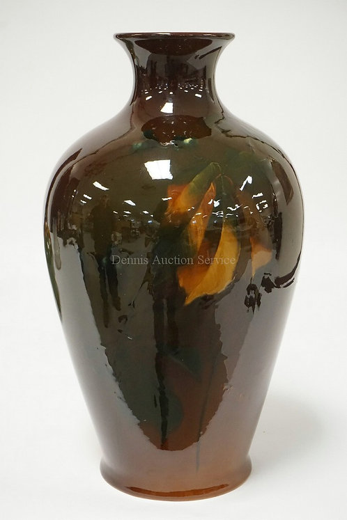 ROSEVILLE ROZANE WARE ART POTTERY VASE DECORATED WITH BERRIES & LEAVES. 14 1/2 I