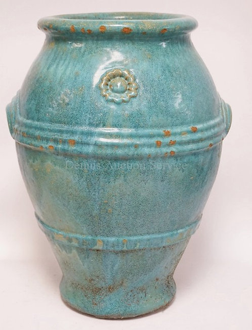 POTTERY FLOOR VASE MEASURING 21 1/2 INCHES HIGH.