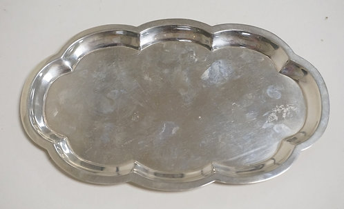 STERLING SILVER TRAY BY POOLE. 5.62 TROY OZ. 9 1/4 INCHES LONG.