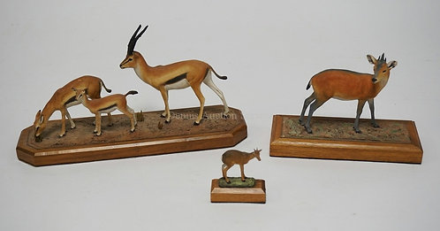 LOT OF 3 LOUIS PAUL JONAS SCULPTURES OF ANIMALS. LARGEST IS 10 1/2 INCHES LONG A