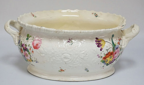 1020_HAND PAINTED VICTORIAN PORCELAIN FOOT BATH DECORATED WITH FLOWERS AND HAVIN