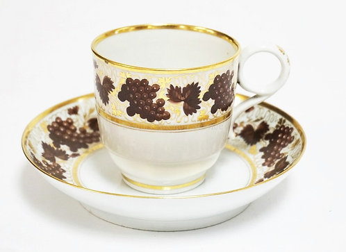 1012_BARR WORCESTER PORCELAIN CUP & SAUCER WITH FINE HAND PAINTED DECORATION. IN
