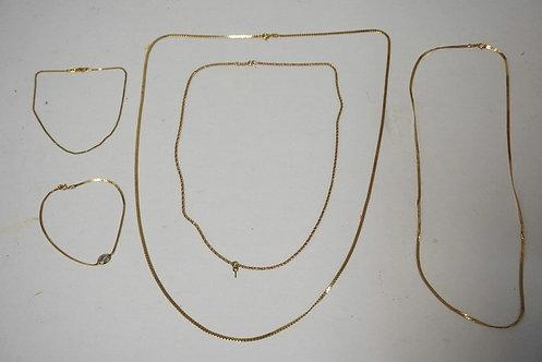 LOT OF 5 14K GOLD PCS. 3 NECKLACES AND 2 BRACELETS. 13.1 DWT.