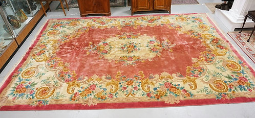 LARGE ROOM SIZE RUG MEASURING 17 FT 8 INCHES X 11 FT 9 INCHES.